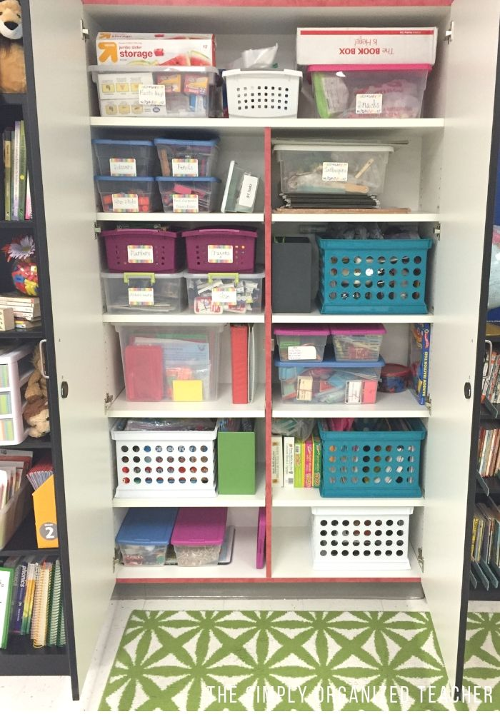 5 Tips to organize your classroom AND keep it organized!