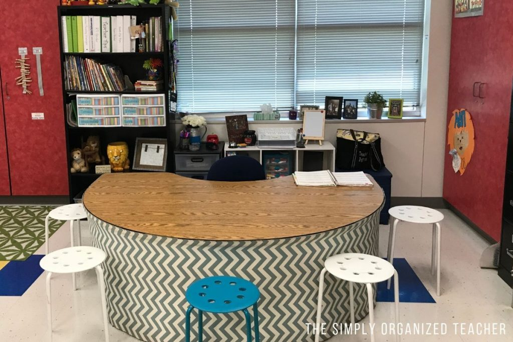 5 Tips to organize your elementary classroom AND keep it organized!